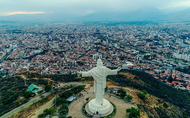 1020px-Vista_Aerea_del_Cristo_de_la_Concordia